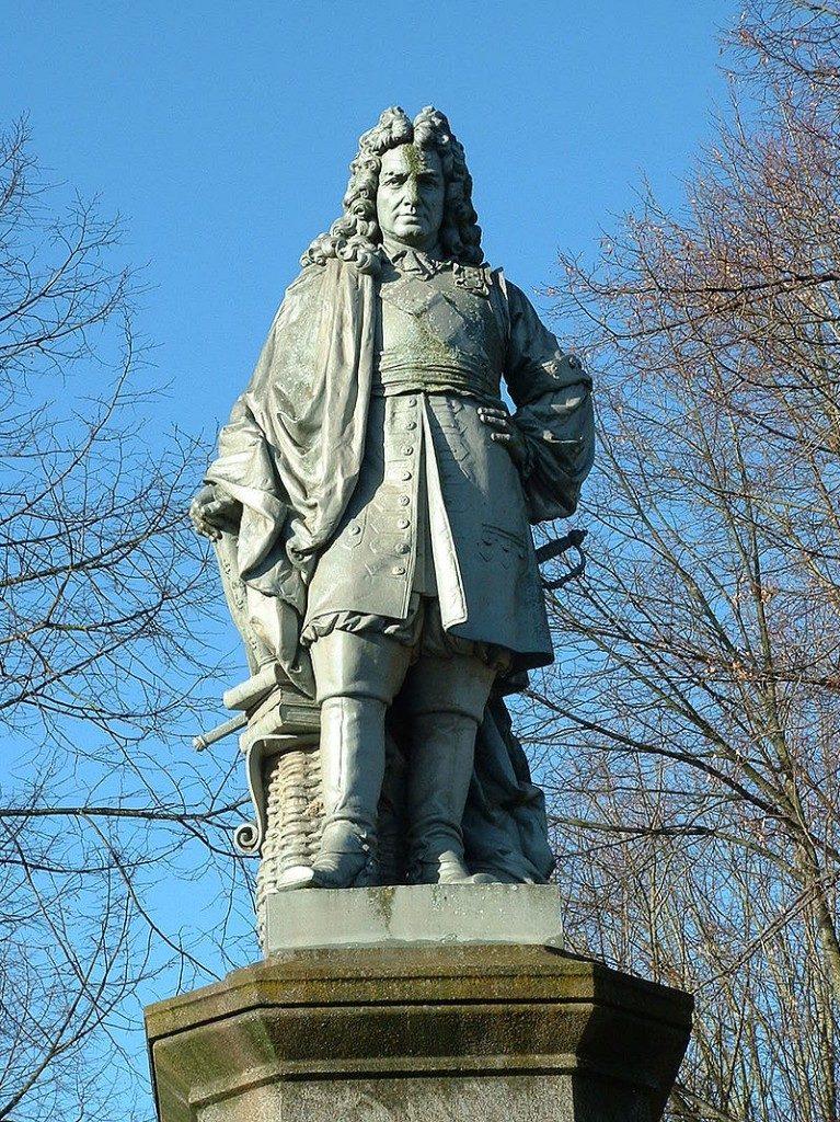 statue colmar france