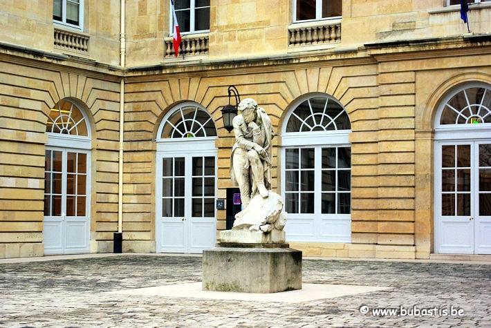 statue champollion collège france