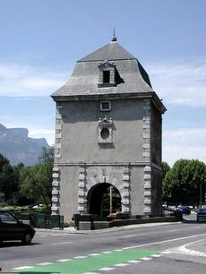 monument aux morts porte de france grenoble